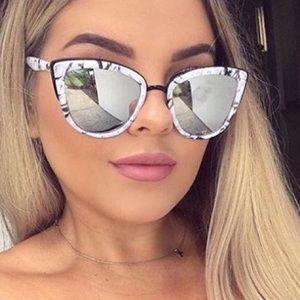 Rare Quay Mirrored Marble Cateye Sunglasses